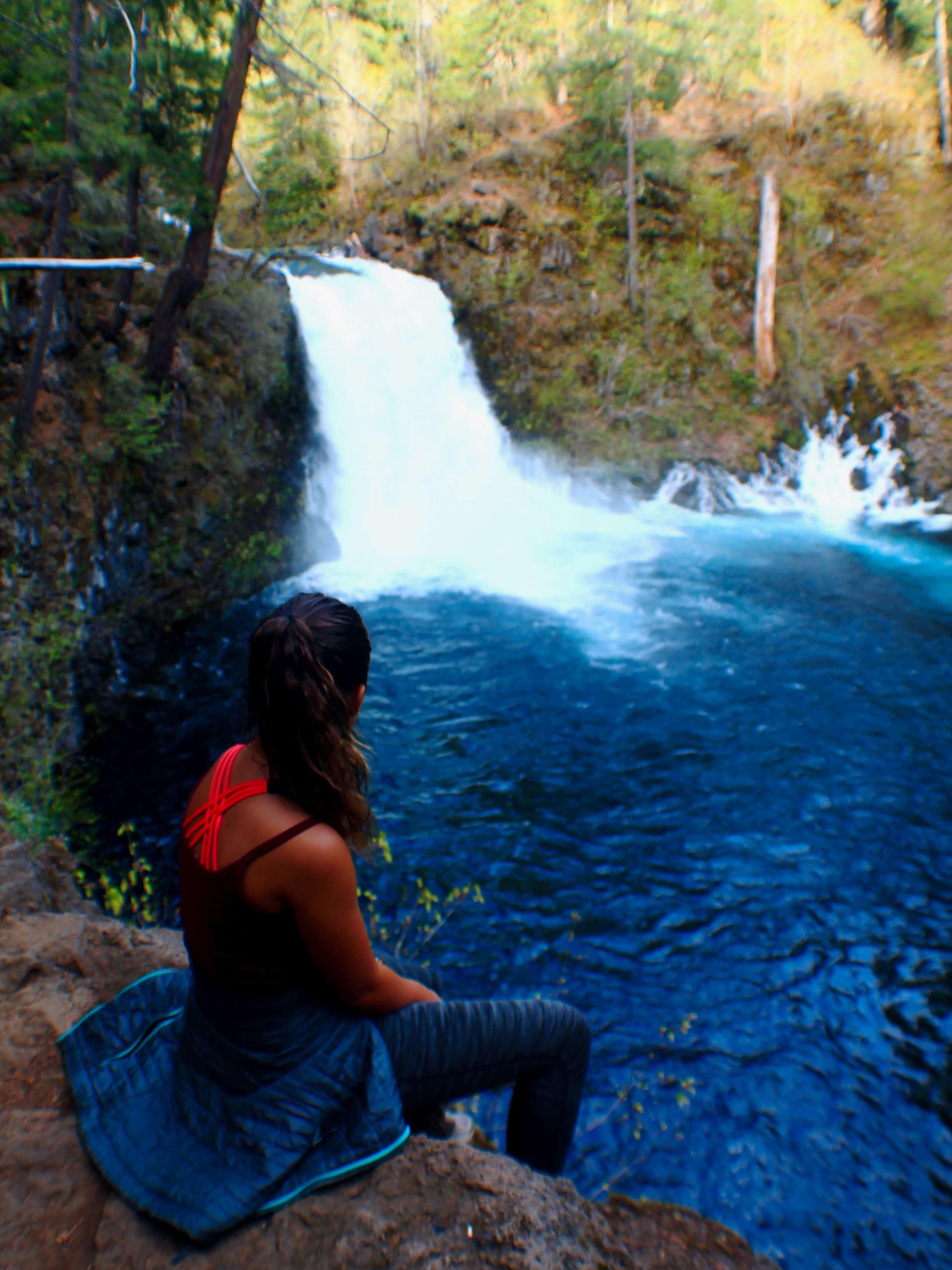 Best Hike in the PNW- hiking to Blue Pools, Mackenzie Highway