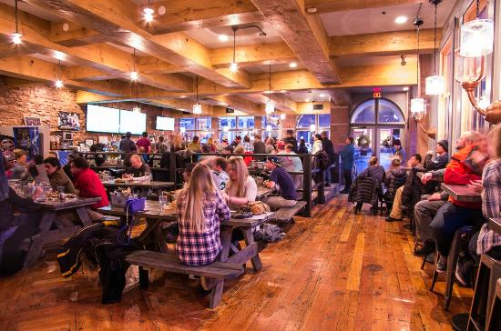 High pie pizza, things to do in Telluride October